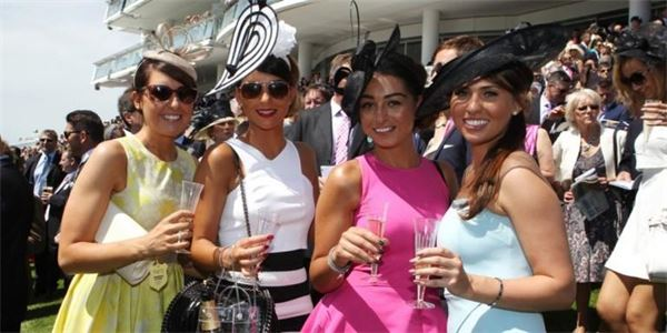 Ladies Day Epsom Downs Racecourse